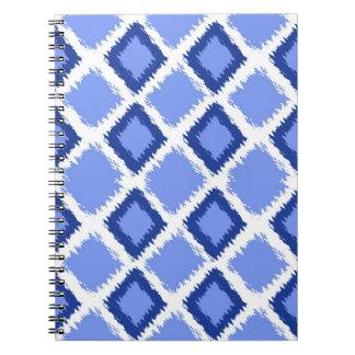 Modelo azul de Ikat del diamante Spiral Notebook