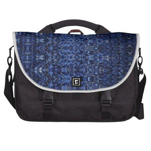 Modelo azul de la fantasía de la alfombra que vuel bolsas para ordenador