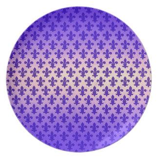 Modelo azul de la flor de lis de la pendiente del plato