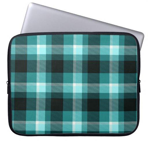 Modelo azul de la tela escocesa fundas ordendadores