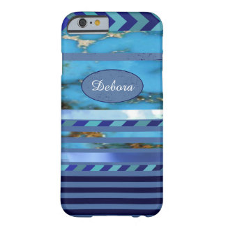 modelo azul de la turquesa de rayas y del nombre funda de iPhone 6 barely there