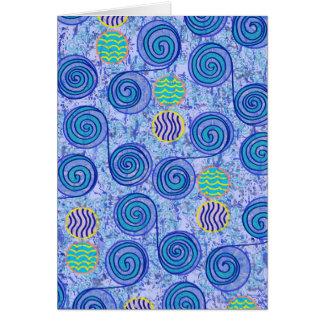Modelo azul de los círculos del teñido anudado tarjeta de felicitación