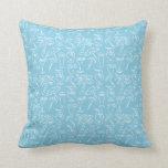Modelo azul de los cócteles y de las palmeras almohadas