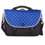 Modelo azul de los corazones bolsas de portatil