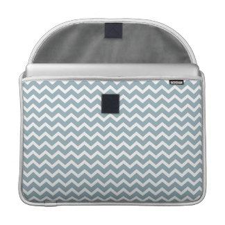 Modelo azul de los galones del zigzag fundas para macbooks
