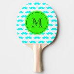 Modelo azul del bigote de la aguamarina, monograma pala de ping pong