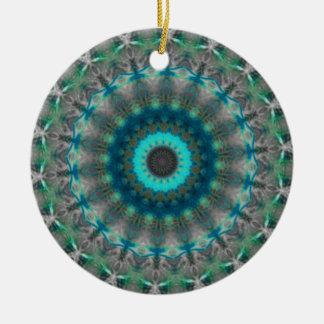 Modelo azul del caleidoscopio de la mandala de la  ornamento para arbol de navidad