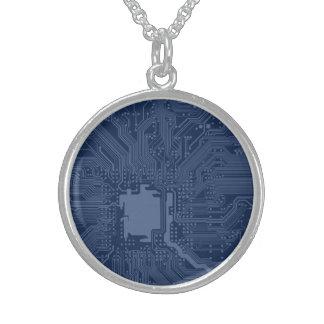 Modelo azul del circuito de la placa madre del collares de plata esterlina