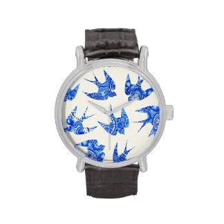 Modelo azul del pájaro del trago de la acuarela reloj