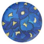 Modelo azul del ramo del iris plato de comida