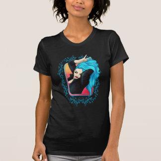 Modelo azul vibrante camisetas