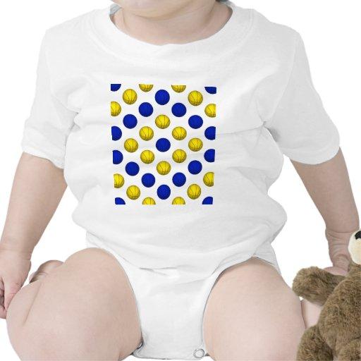 Modelo azul y amarillo del baloncesto camiseta