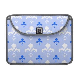 Modelo azul y blanco de la flor de lis funda para macbooks