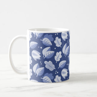 Modelo azul y blanco del art déco de la hoja taza