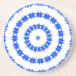 Modelo azul y blanco del círculo posavasos personalizados
