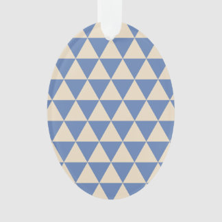 Modelo azul y color crema del triángulo