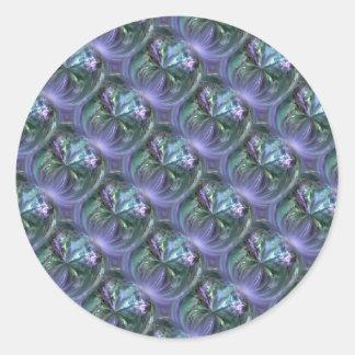 Modelo, azul y lavanda curvando texturas pegatina redonda
