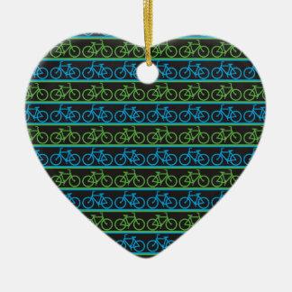Modelo azul y verde de la bicicleta de la bici adorno de cerámica en forma de corazón