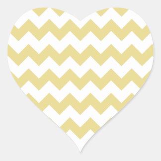 Modelo blanco amarillo de Chevron de las natillas Pegatina En Forma De Corazón