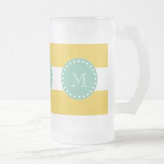 Modelo blanco amarillo de las rayas, monograma de  tazas