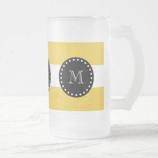 modelo blanco amarillo de las rayas, monograma taza cristal mate