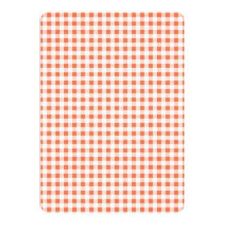 Modelo blanco anaranjado de la guinga anuncio