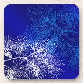 Modelo blanco azul del pino del invierno posavaso