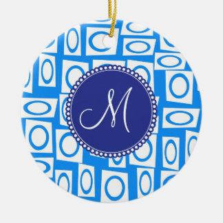 Modelo blanco azul inicial del cuadrado del adorno redondo de cerámica