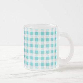Modelo blanco de la guinga de la aguamarina tazas de café