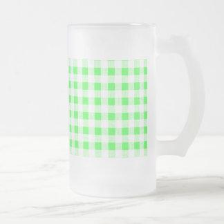 Modelo blanco de la guinga de la verde lima taza de café