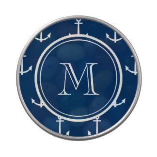 Modelo blanco de las anclas de los azules marinos, jarrones de caramelos