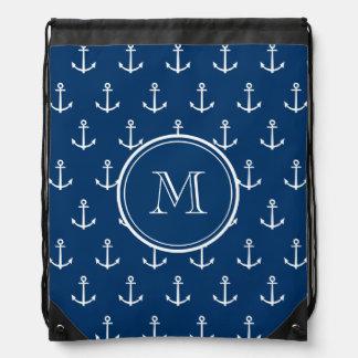 Modelo blanco de las anclas de los azules marinos, mochila