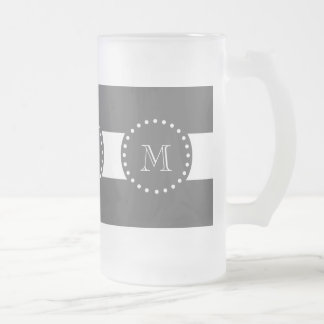 Modelo blanco de las rayas del carbón de leña, su  taza de café