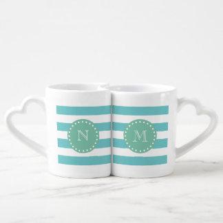 Modelo blanco de las rayas del trullo, monograma set de tazas de café