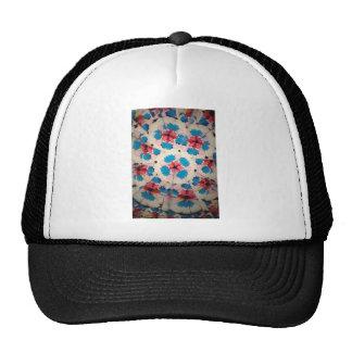 modelo blanco del caleidoscopio y azul rosado gorras