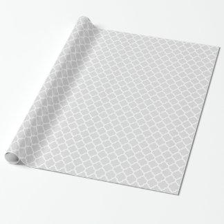Modelo blanco gris claro #5 de Quatrefoil del Papel De Regalo