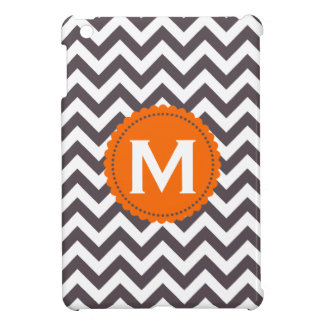 Modelo blanco gris oscuro de Chevron del monograma iPad Mini Coberturas
