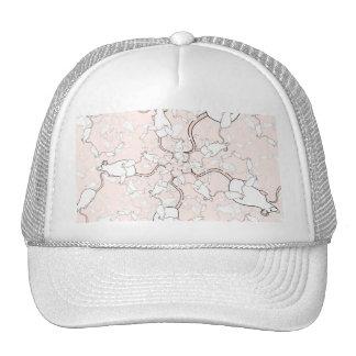Modelo blanco lindo del ratón. Ratones en rosa Gorra