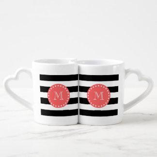 Modelo blanco negro de las rayas, monograma set de tazas de café