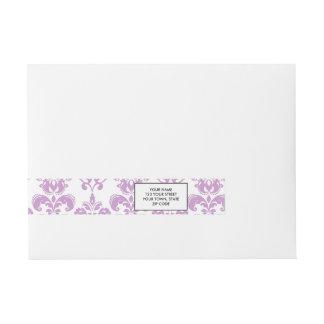 Modelo blanco púrpura femenino 2 del damasco del etiquetas postales