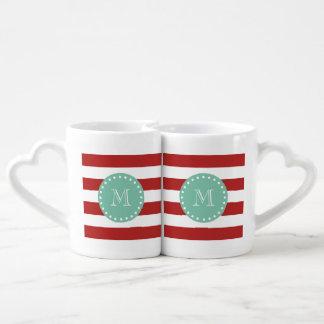 Modelo blanco rojo de las rayas, monograma de la set de tazas de café
