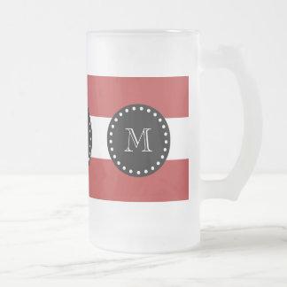 Modelo blanco rojo de las rayas, monograma negro taza cristal mate