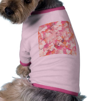Modelo blanco rosado abstracto de los corazones de camiseta con mangas para perro