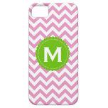 Modelo blanco rosado de Chevron del monograma iPhone 5 Case-Mate Cárcasas