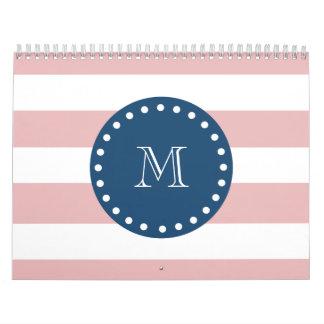 Modelo blanco rosado de las rayas monograma de lo calendarios de pared