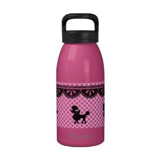Modelo blanco rosado del caniche del lunar botella de agua reutilizable
