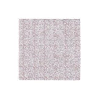 Modelo blanco rosado oscuro bonito del cordón imán de piedra