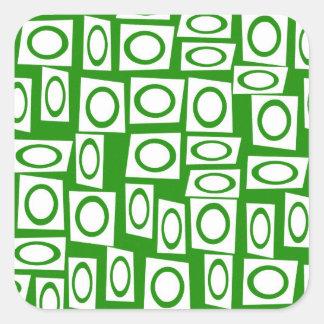 Modelo blanco verde loco del cuadrado del círculo pegatina cuadrada
