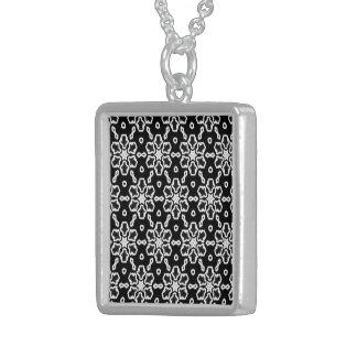 Modelo blanco y negro 01 colgante cuadrado