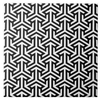 Modelo blanco y negro de la flecha azulejo cuadrado grande